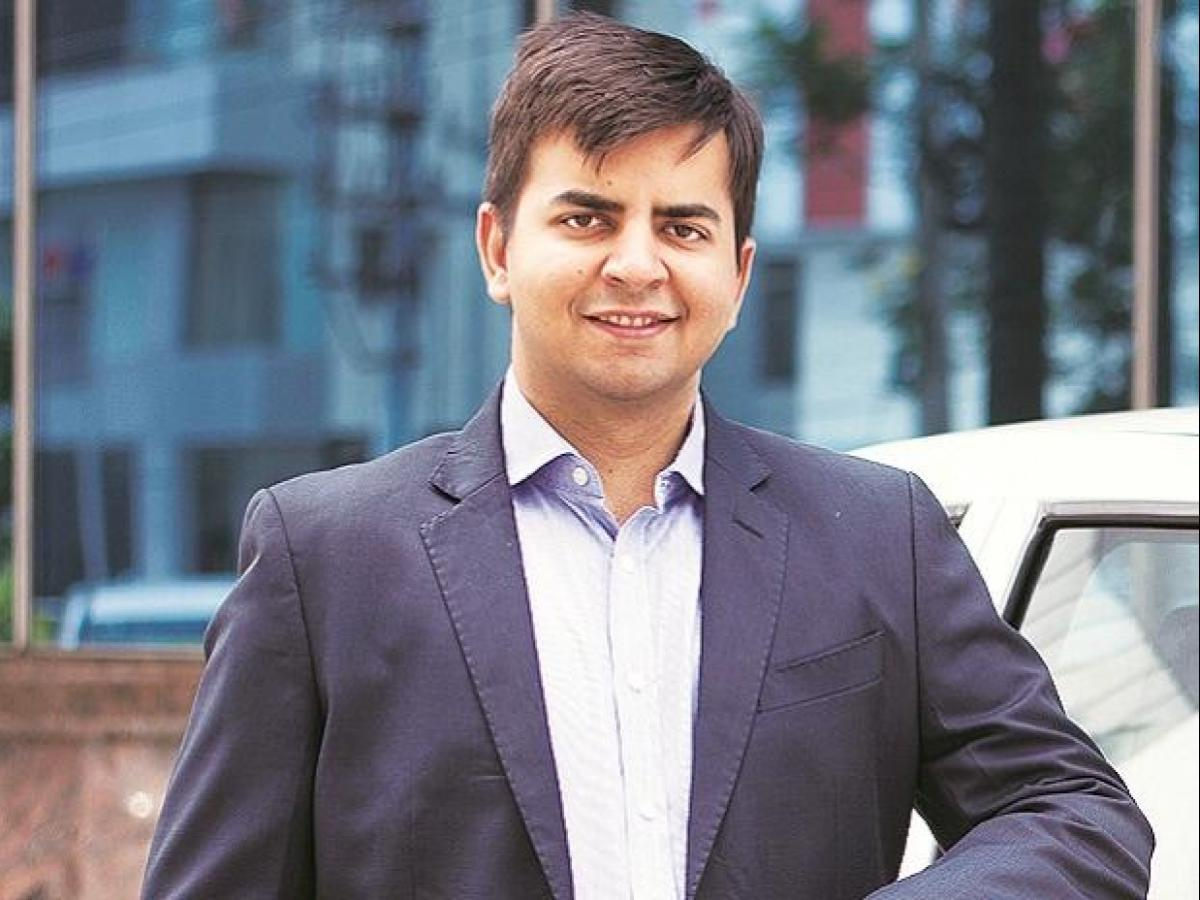 Ola Founder Plans World's Largest E-Scooter Factory Near Bengaluru