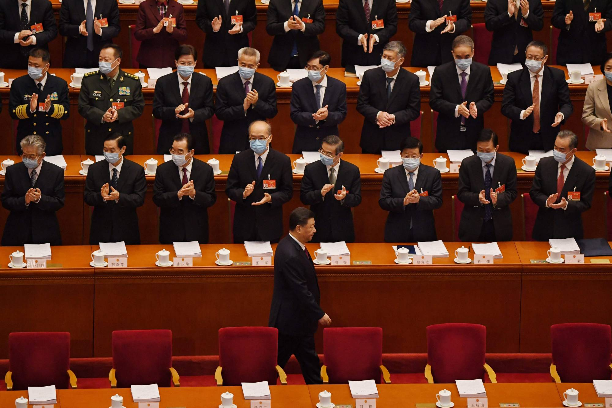 Xi Goes Mask-Free, Raising Questions Over Vaccination Status